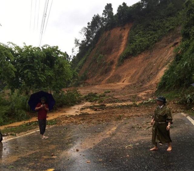 Mưa lớn nước ngập ngang người, TP Hà Giang thiệt hại nặng nề - 7