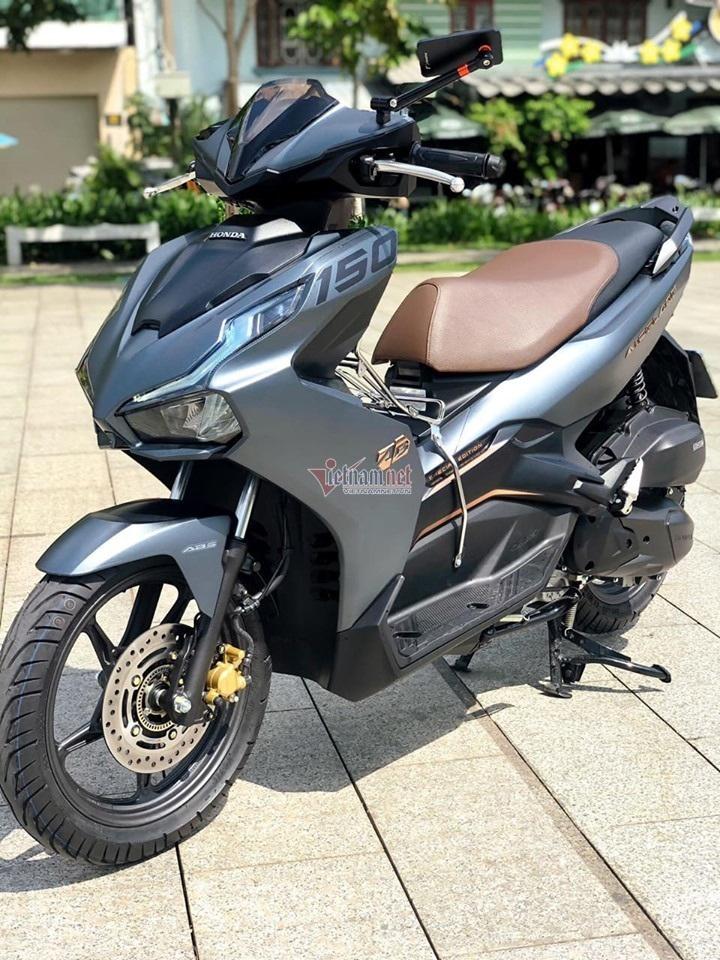 Chiếc xe máy mang biển 12345 bất ngờ bán được giá hơn 200 triệu đồng