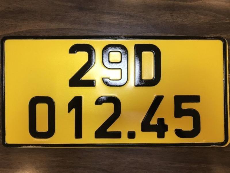 Tốn 240 tỷ đồng đổi biển vàng cho xe kinh doanh vận tải?