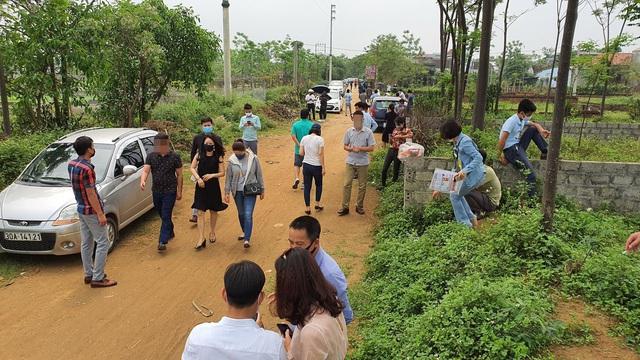 """""""Cò đất"""" kể chuyện kiếm tiền tỷ nhờ cơn sốt đất ở Hà Nội - 4"""