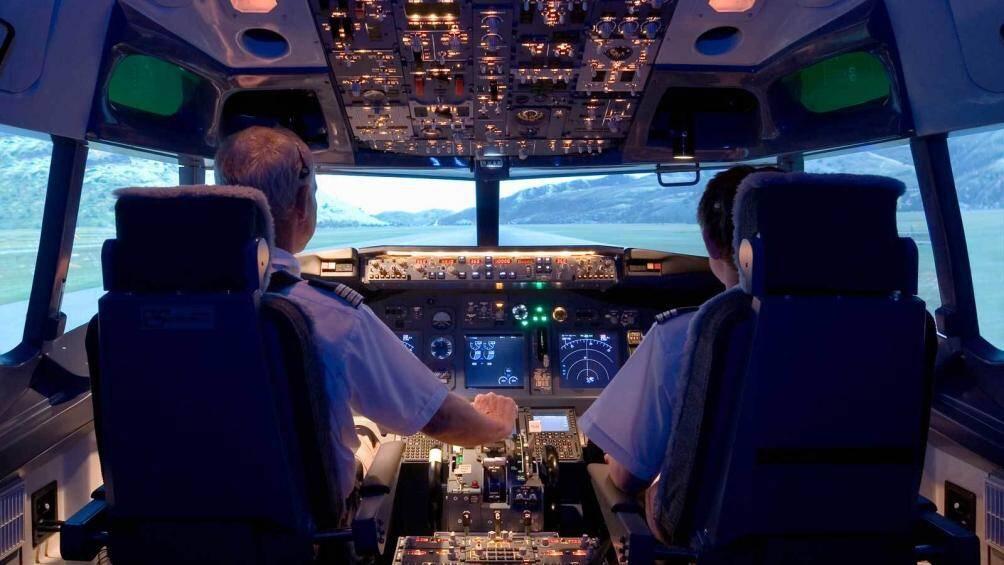 """Có hay không việc """"nhân bản"""" kết quả siêu âm tim của 154 phi công?"""