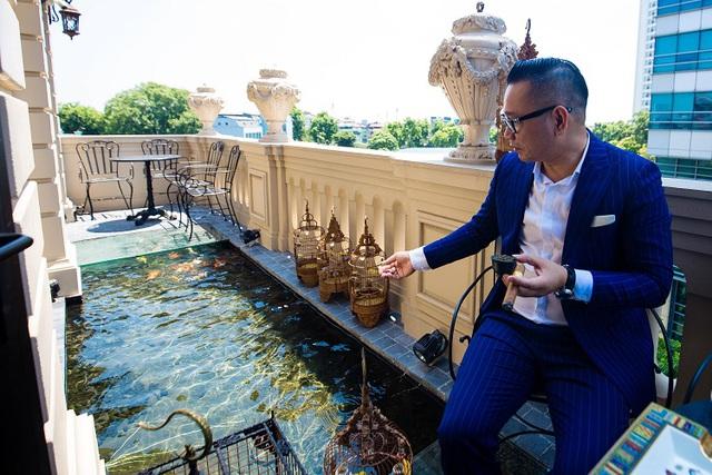 """Đại gia Hà thành chi 10 tỷ đồng sở hữu đàn cá Koi quy tụ toàn """"siêu phẩm"""", có con lên tới 120 triệu đồng - 1"""