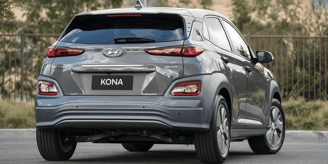 """Kia Seltos, Toyota Corolla Cross sẽ làm """"nóng"""" thị trường ôtô nửa cuối 2020 - 1"""
