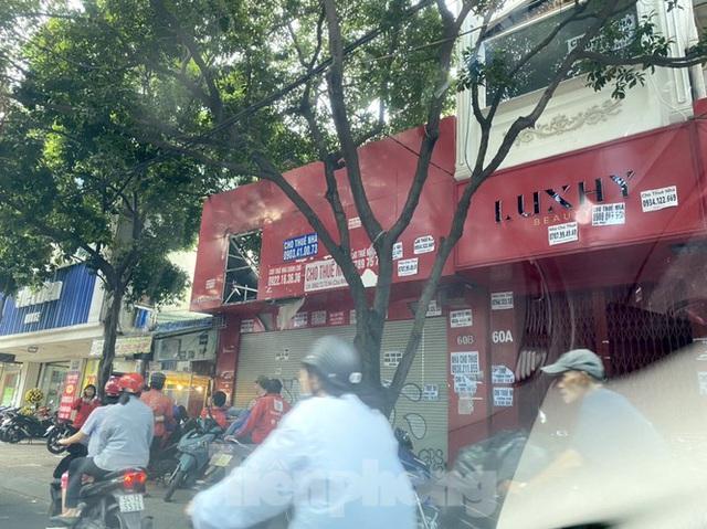 Nhà phố tiền tỷ thi nhau đóng cửa, treo biển cho thuê ở trung tâm Sài Gòn - 15
