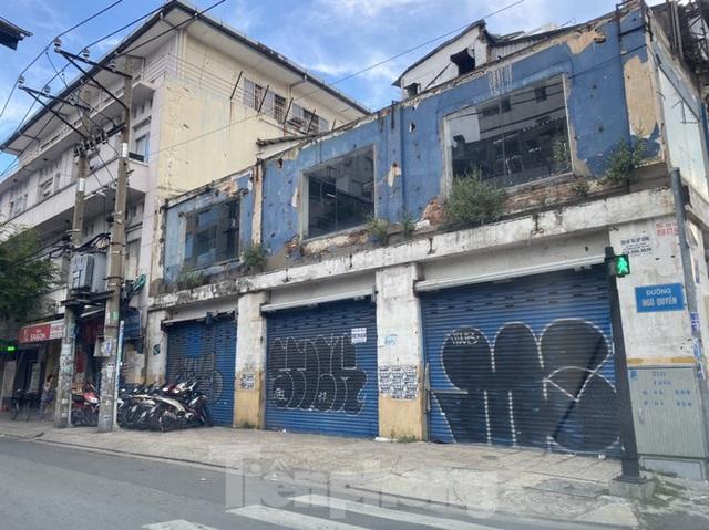 Nhà phố tiền tỷ thi nhau đóng cửa, treo biển cho thuê ở trung tâm Sài Gòn - 17