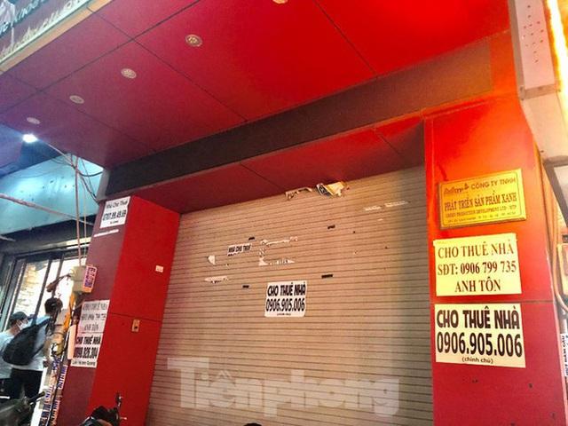Nhà phố tiền tỷ thi nhau đóng cửa, treo biển cho thuê ở trung tâm Sài Gòn - 24
