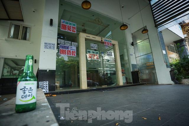 Nhà phố tiền tỷ thi nhau đóng cửa, treo biển cho thuê ở trung tâm Sài Gòn - 26