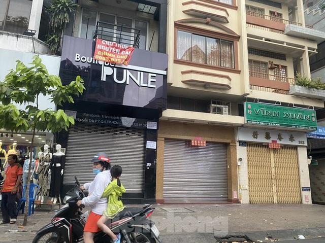 Nhà phố tiền tỷ thi nhau đóng cửa, treo biển cho thuê ở trung tâm Sài Gòn - 5
