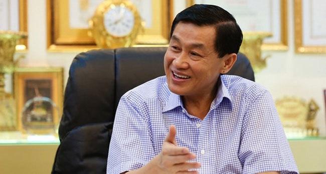 Tin xấu dồn về, ông Johnathan Hạnh Nguyễn đối mặt giai đoạn u ám