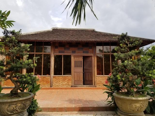 """Choáng ngợp """"biệt phủ"""" gỗ hoành tráng rộng 1300m2 ở Nha Trang - 2"""