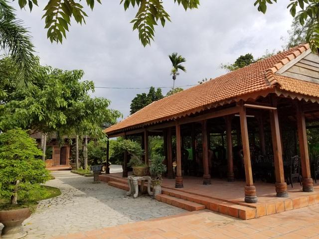 """Choáng ngợp """"biệt phủ"""" gỗ hoành tráng rộng 1300m2 ở Nha Trang - 4"""