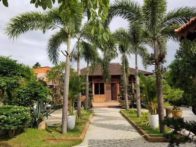 """Choáng ngợp """"biệt phủ"""" gỗ hoành tráng rộng 1300m2 ở Nha Trang - 7"""