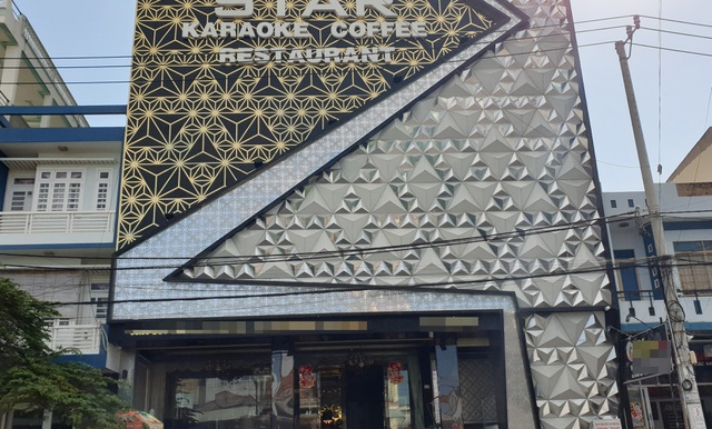 Từ 0h ngày 1/8, nhiều tỉnh đóng cửa quán bar, karaoke để chống dịch - 3