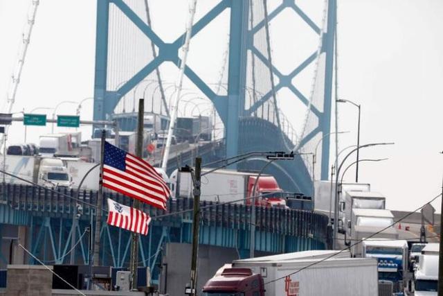 Căng thẳng leo thang, Mỹ siết chặt hàng hóa xuất khẩu sang Trung Quốc