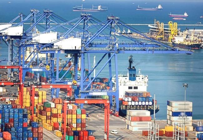 Việt Nam xuất siêu 6,5 tỷ USD, gấp hơn 3 lần  năm 2019