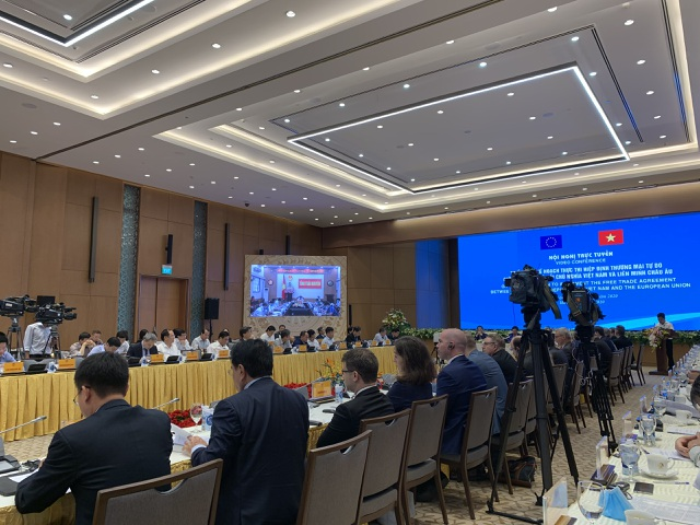 Thủ tướng: Chúng ta vui mừng EVFTA có hiệu lực, nhưng đây mới là bước đầu! - 2