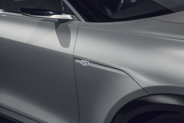 Cận cảnh tân binh Lyriq - Kỷ nguyên mới của Cadillac - 15
