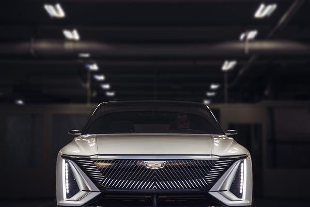 Cận cảnh tân binh Lyriq - Kỷ nguyên mới của Cadillac - 5