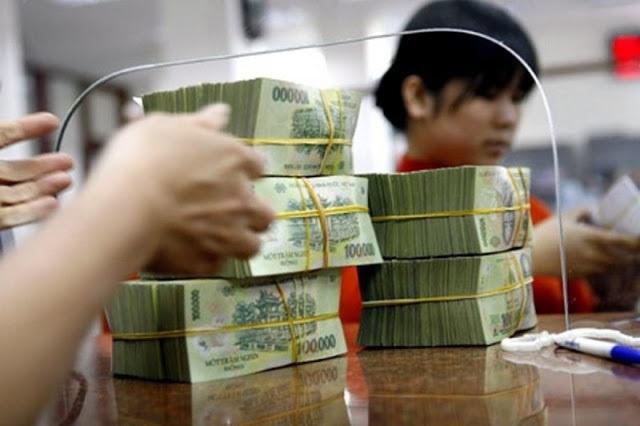 Lãi suất ngân hàng đồng loạt giảm tiếp - 1