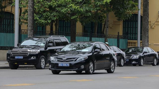 Bộ Tài chính yêu cầu Kho bạc Nhà nước siết chặt việc mua xe công