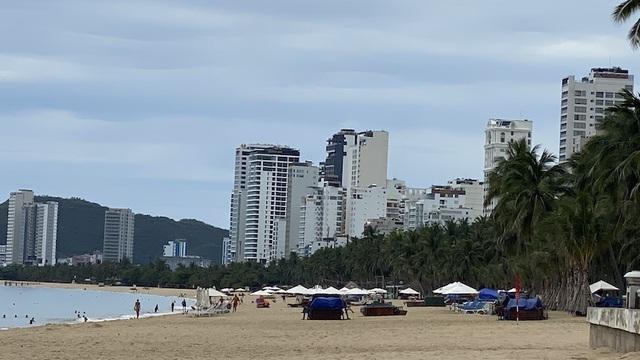 Dịch COVID-19 khiến Nha Trang đìu hiu, hàng loạt khách sạn đóng cửa - 8