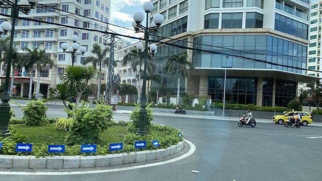 Dịch COVID-19 khiến Nha Trang đìu hiu, hàng loạt khách sạn đóng cửa - 9