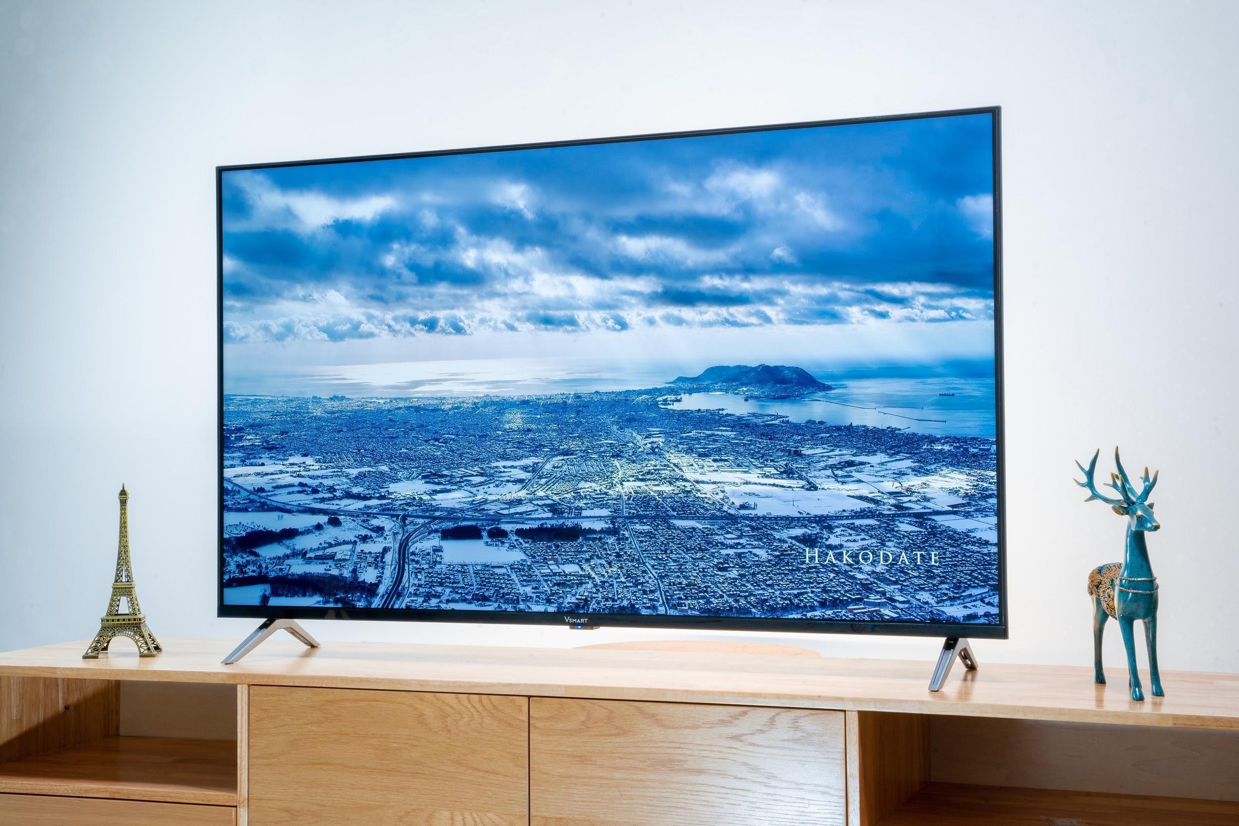 Mở bán rộng rãi, TV Vsmart ưu đãi giá để cạnh tranh LG, Samsung