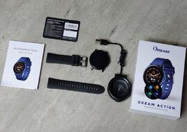 Đồng hồ thông minh Việt giá rẻ, đủ công nghệ đua sức với Samsung, Apple