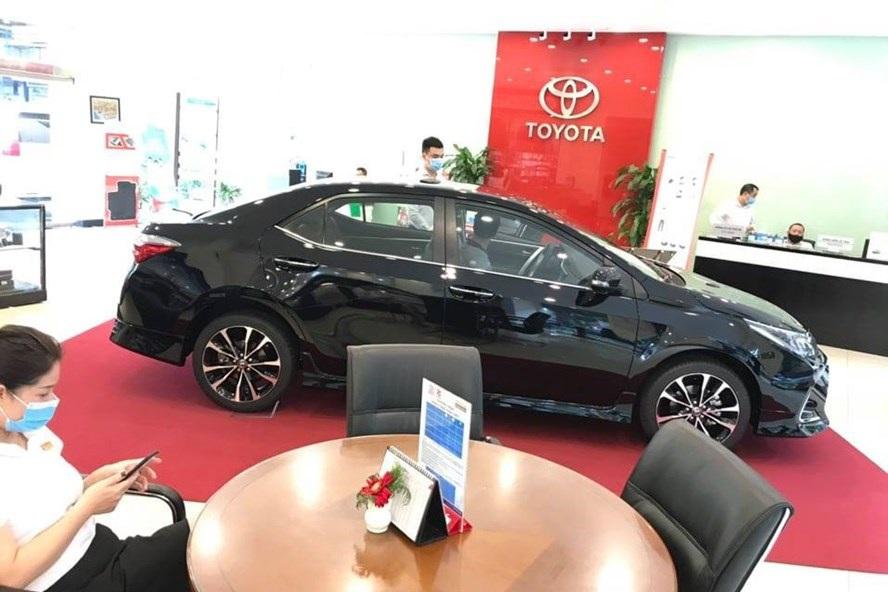 Covid-19 khiến thị trường ô tô
