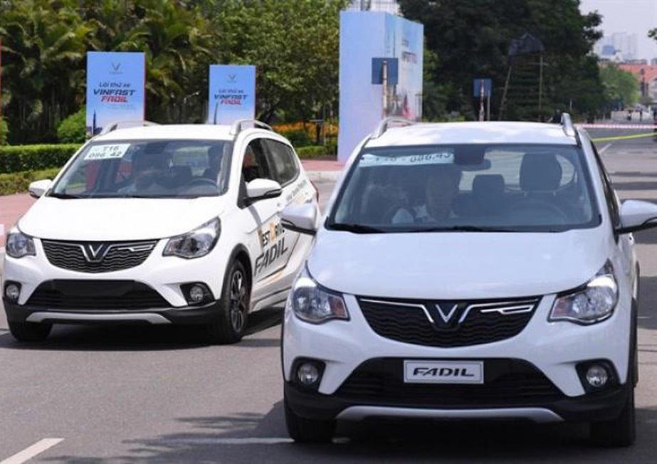 10 ô tô bán chạy nhất tháng 8: Hyundai i10 đòi lại vị trí từ VinFast Fadil