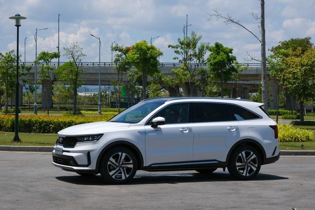Chi tiết Kia Sorento 2021: xe Hàn Quốc có gì với giá cao nhất 1,349 tỷ? - 2