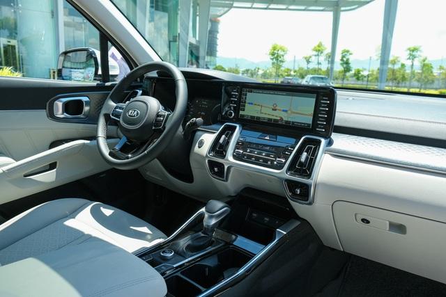 Chi tiết Kia Sorento 2021: xe Hàn Quốc có gì với giá cao nhất 1,349 tỷ? - 6