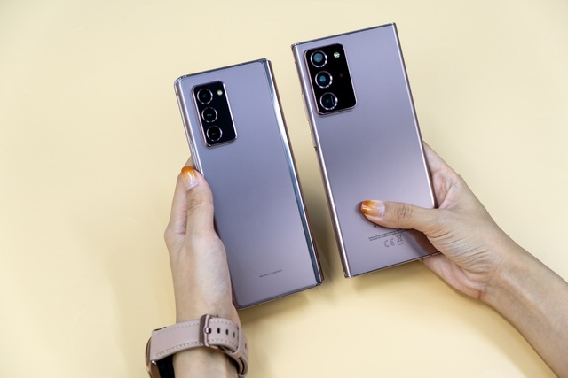 Mở hộp Galaxy Z Fold 2 giá 50 triệu đồng: hoàn thiện vẻ khác biệt - 10