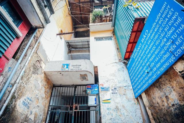 """Hàng nghìn chung cư cũ """"thoi thóp"""" chờ cải tạo: Lỗi do cơ chế? - 1"""
