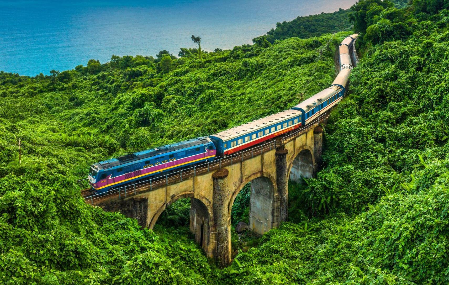 Thâm hụt 100 tỷ đồng/tháng, đường sắt quốc gia đang khó khăn nhất lịch sử