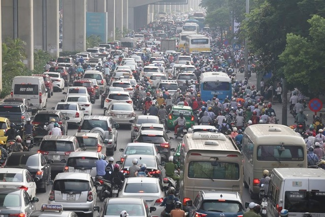 Phát triển hạ tầng theo kiểu xôi đỗ: Hà Nội đang bị lệch chuẩn đô thị - 2