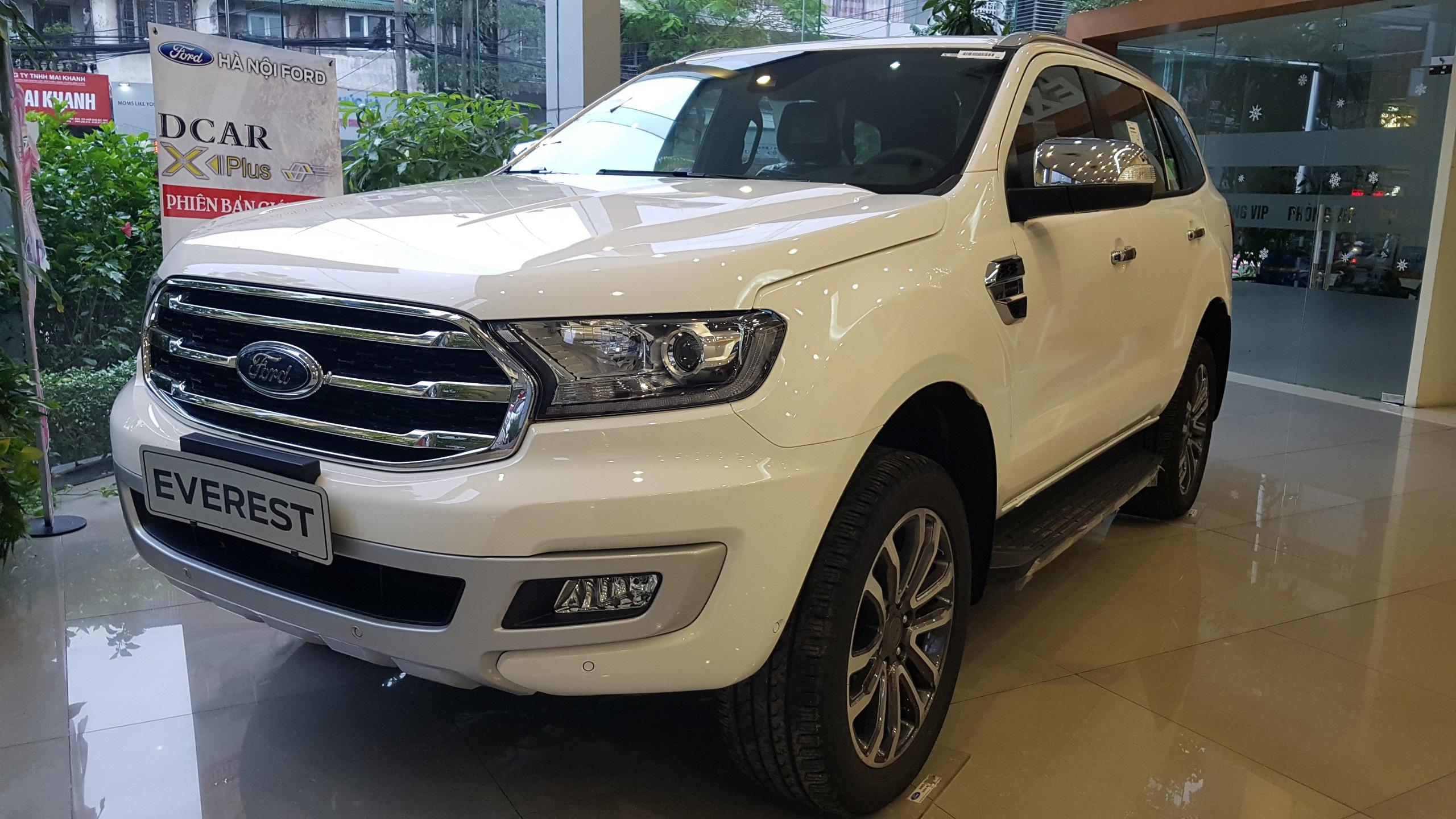 Phân vân giữa Ford Everest 2019 và Pajero Sport 2020