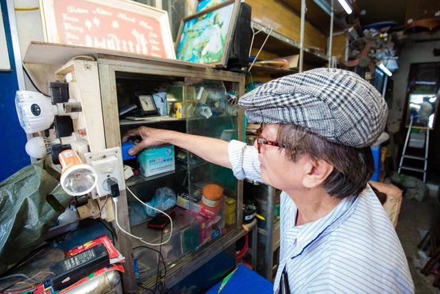 """Cuộc sống đối nghịch trong căn nhà """"siêu nhỏ"""" 7,5 m2 giá 3 tỷ đồng ở Hà Nội - 6"""