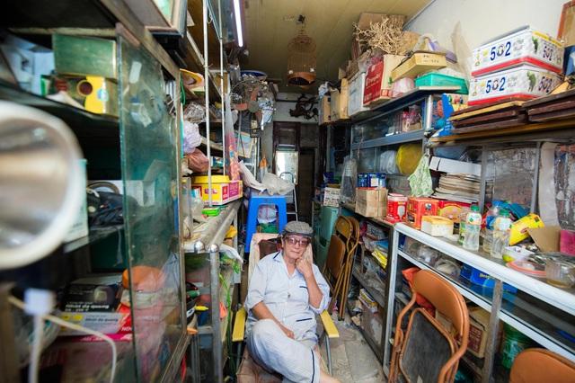 """Cuộc sống đối nghịch trong căn nhà """"siêu nhỏ"""" 7,5 m2 giá 3 tỷ đồng ở Hà Nội - 7"""