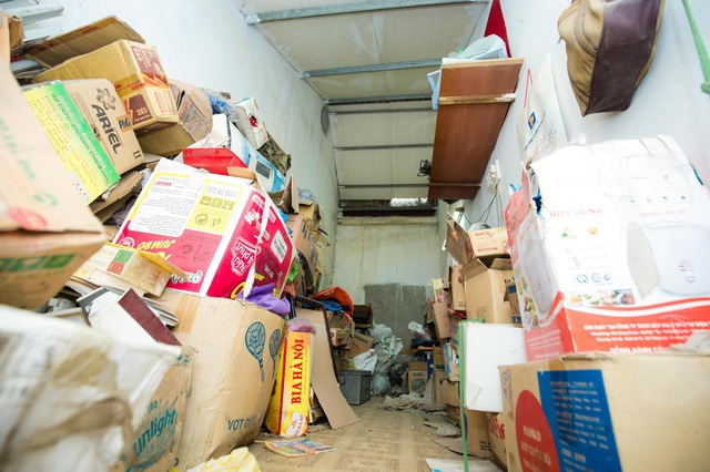 """Cuộc sống đối nghịch trong căn nhà """"siêu nhỏ"""" 7,5 m2 giá 3 tỷ đồng ở Hà Nội - 8"""