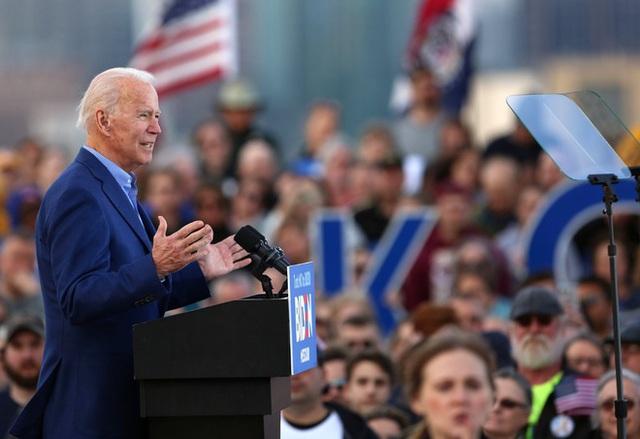 Bầu cử Mỹ 2020: Biden đổ bộ lãnh địa của ông Trump, nới rộng cách biệt - 2
