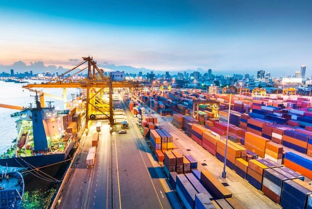 IMF: Kinh tế Việt Nam phục hồi mạnh hơn Singapore, Philippines - 1