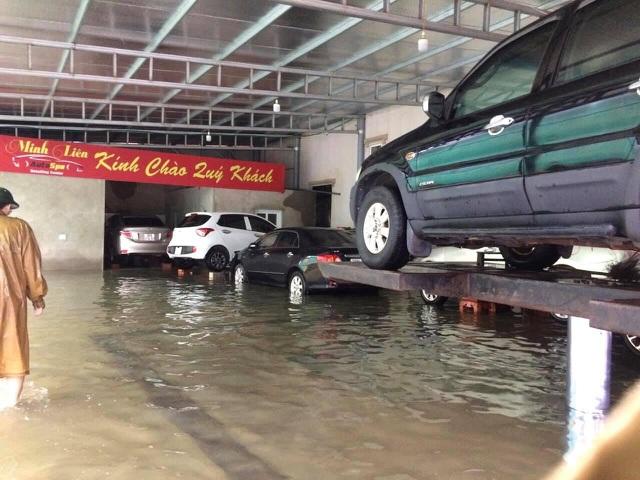 Muôn kiểu tránh ngập, chống bão cho ô tô được cư dân mạng chia sẻ rần rần - 7