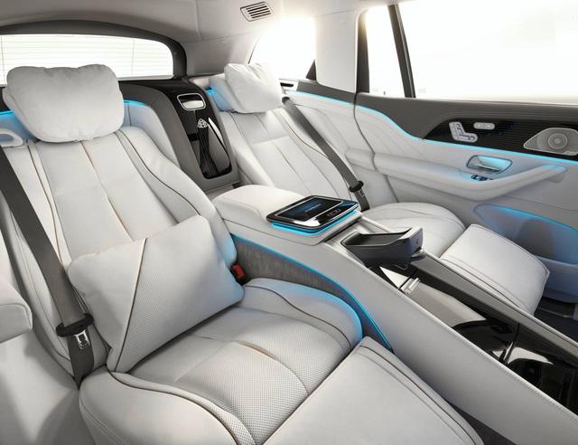 Mercedes-Maybach GLS 600 gây sốc vì giá bán - 11