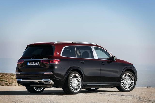 Mercedes-Maybach GLS 600 gây sốc vì giá bán - 21