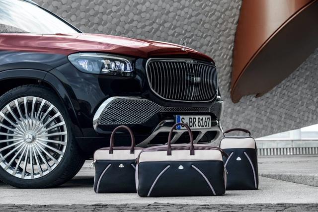 Mercedes-Maybach GLS 600 gây sốc vì giá bán - 9