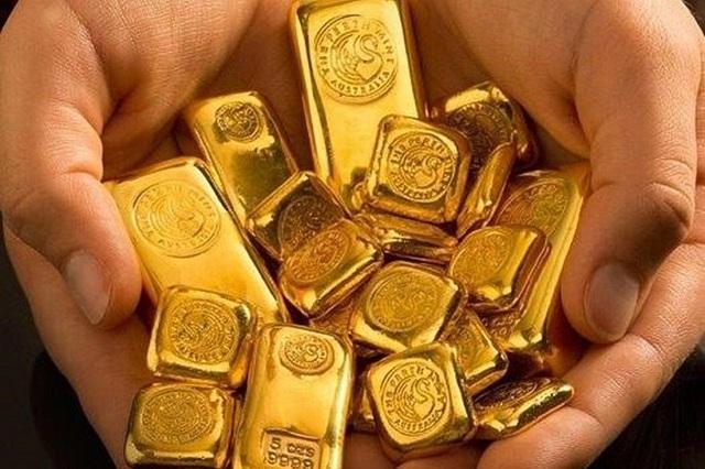 Có 10 lượng vàng, quyết không bán mà vẫn bỏ tiền gom thêm - 2