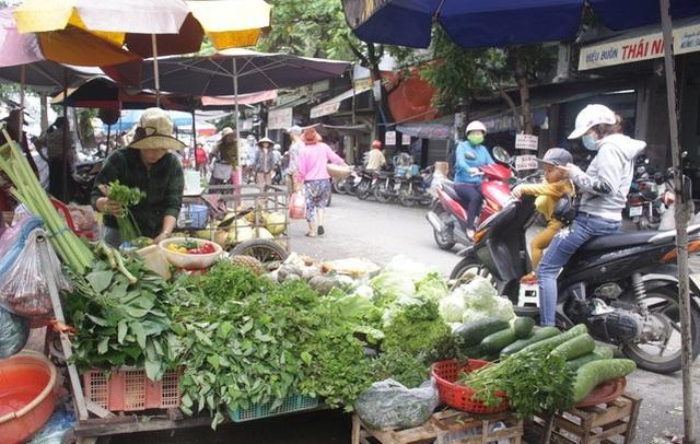 Bão giá rau xanh tại Quảng Ngãi  - 1