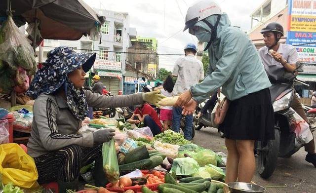 Bão giá rau xanh tại Quảng Ngãi  - 3