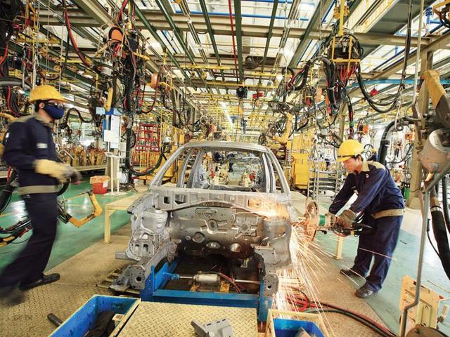 Việt Nam sắp vượt mặt Thái Lan, trở thành ông lớn ngành xe hơi khu vực? - 1
